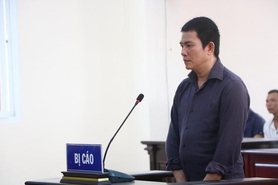 Bị cáo Nguyễn Hữu Nam tại toà