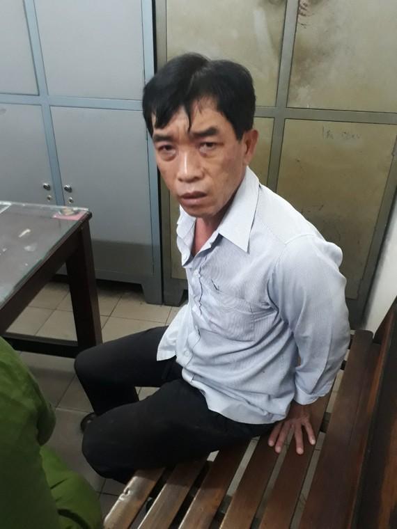 Đối tượng Phong tại cơ quan công an.