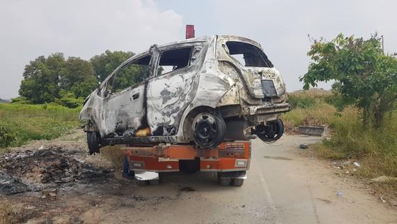 Chiếc xe ô tô bị đốt phi tang ở quận 2