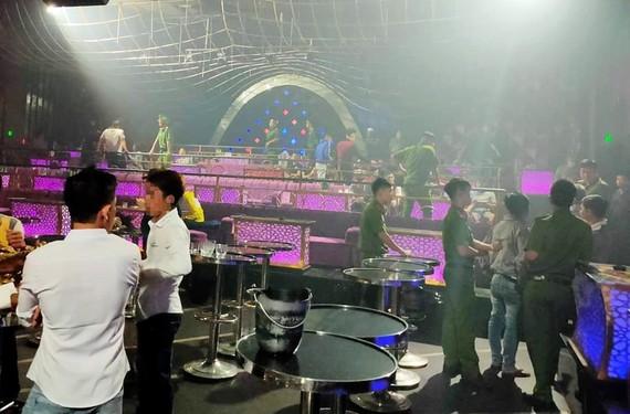 Kiểm tra quán bar, karaoke Romance phát hiện nhiều đối tượng sử dụng ma tuý.