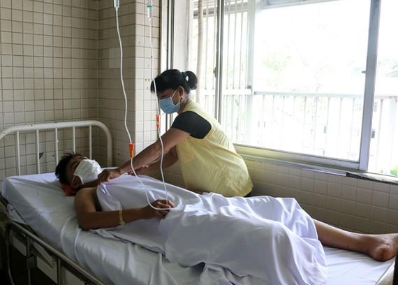 Thiếu niên 15 tuổi điều trị tại bệnh viện. Ảnh: BVCC