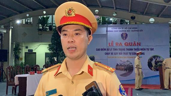 Thượng tá Huỳnh Trung Phong. Ảnh: CHÍ THẠCH