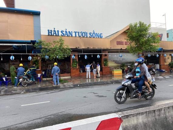 Hiện trường quán ăn trên đường Phan Văn Hớn - nơi xảy ra cháy