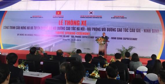 Thủ tướng phát biểu tại lễ thông xe