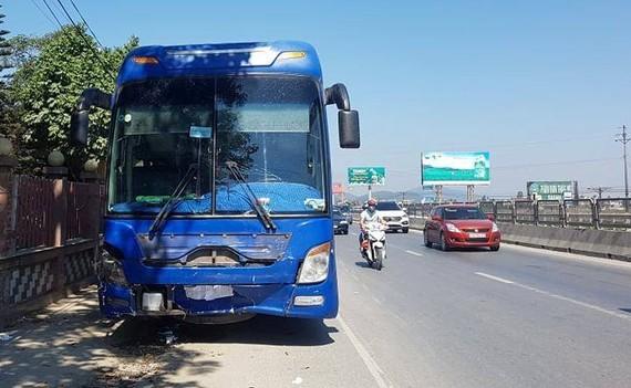 Xe khách trong vụ tai nạn vừa xảy ra tại Thanh Hoá