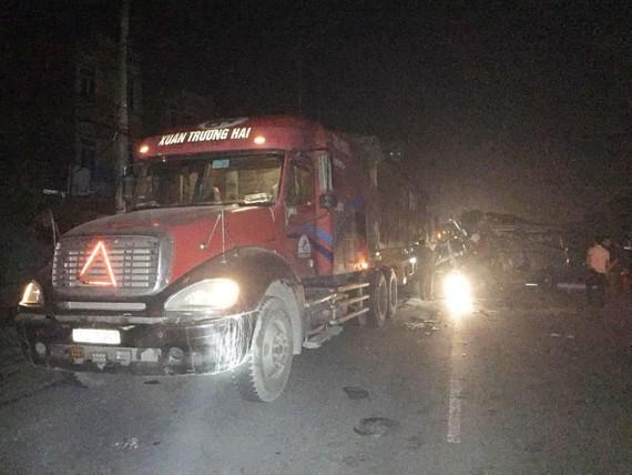 Hiện trường tai nạn tại Hưng Yên