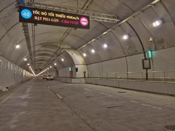 Hầm Hải Vân 2 chuẩn bị được thông xe