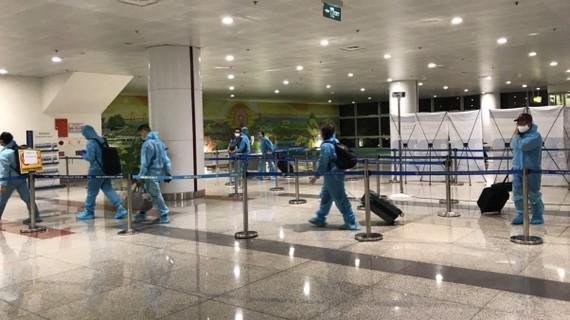 Hành khách nhập cảnh tại sân bay Nội Bài giảm mạnh