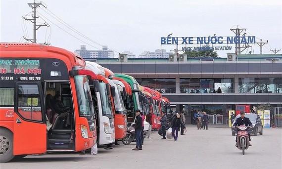 Thí điểm khôi phục vận tải hành khách đường bộ từ 13-10