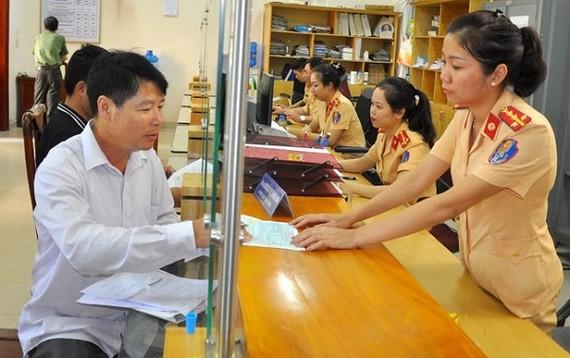 5 tỉnh, thành thí điểm nộp phạt qua cổng dịch vụ công