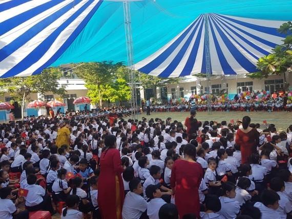 Theo lãnh đạo Bộ GD-ĐT, thời gian tập trung học sinh để chuẩn bị cho khai giảng năm học sớm nhất là ngày 1-9-2020