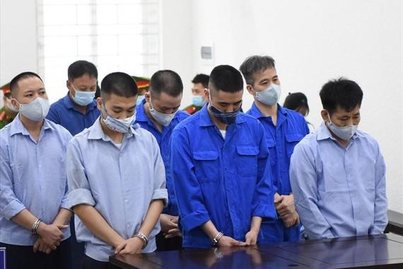 Các bị cáo tại tòa ngày 20-7