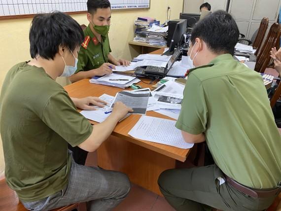 Đăng tải bài viết xuyên tạc về việc tiêm vaccine trên địa bàn Hà Nội