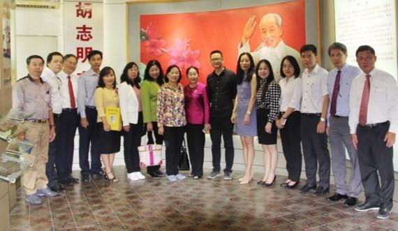 本市市委代表團在廣東革命歷史博物館合照。(圖片來源:SGGPO)