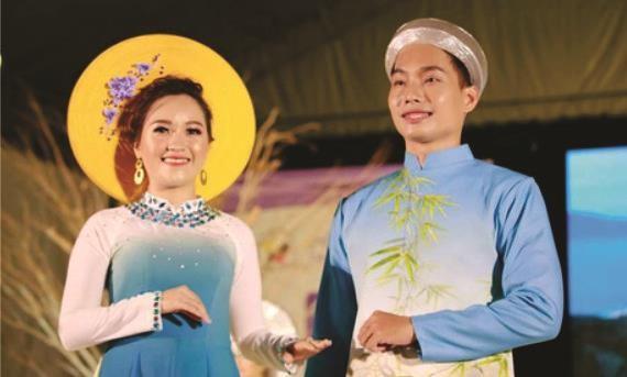 參加2019年越南長衫風采嘉年華參賽者。