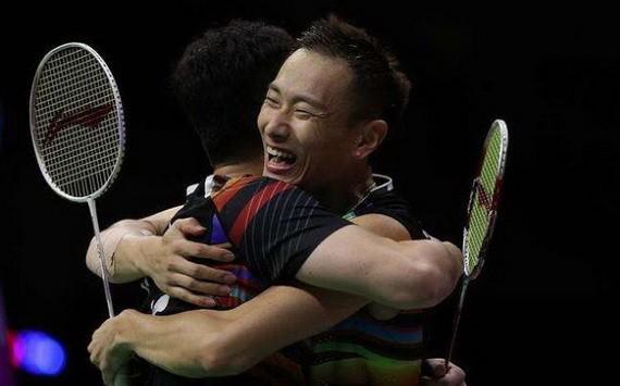 中國奪男子羽球團體金牌。