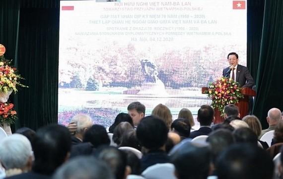 值越南、波蘭建交70週年(1950.2.4-2020.2.4)紀念之際,越南各友好組織聯合會所屬越南、波蘭友好協會昨(4)日在河內舉行聚會。