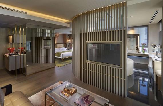 文華東方酒店自2020年12月起為強制檢疫入境旅客 提供豪華住宿服務。