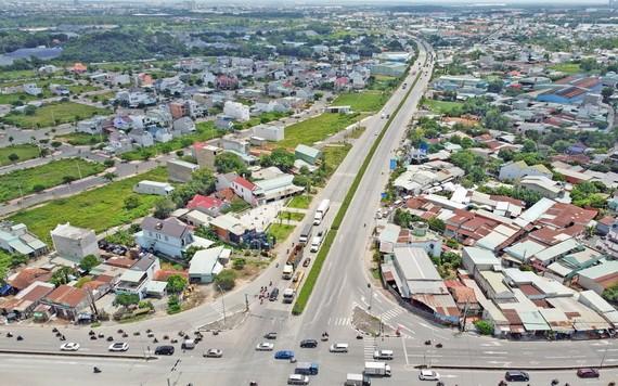 雖然多年前已開展,但至今環市三路項目僅完成美福-新萬路段。