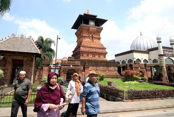 印尼是東南亞最大的市場,加上當地 居民消費力日漸提升,健康意識增強, 醫療業發展潛力龐大。