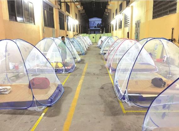 美好公司在廠房為員工佈置達防疫要求 的歇息場所。