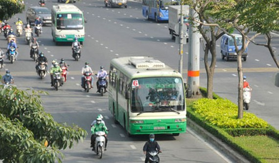 Buses are running on Dien Bien Phu Street – one of the main streets in HCMC. (Photo: SGGP)
