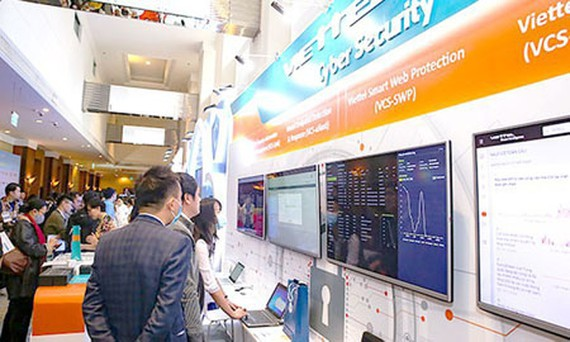 Information safety products made in Vietnam are displayed on the Vietnam Information Security Day 2020 in Hanoi. (Photo: SGGP)