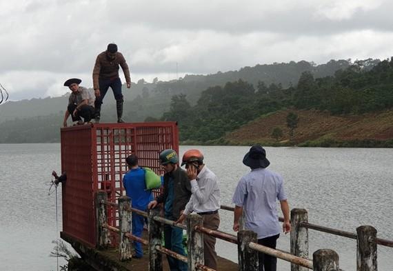 Vụ nứt hồ thủy lợi: Nguy cơ mất an toàn công trình cao