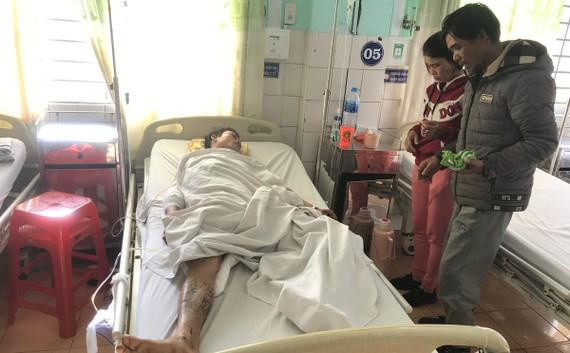Anh Thanh đang được điều trị tại bệnh viện