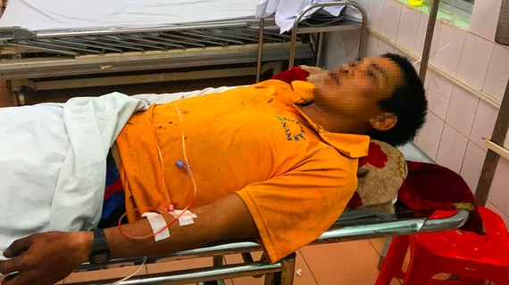 Anh B. cấp cứu tại bệnh viện