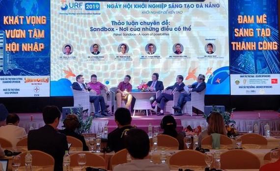 Tổ chức các sự kiện phát triển thành phố thông minh, kết nối doanh nghiệp