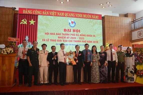 Ông Nguyễn Đức Nam, Tổng Biên tập Báo Đà Nẵng tái đắc cử Chủ tịch Hội Nhà báo TP Đà Nẵng nhiệm kỳ 2020-2025