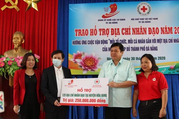 Trao hỗ trợ 125 địa chỉ nhân đạo tại huyện Hòa Vang