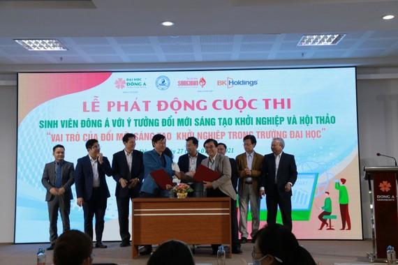 Đại học Đông Á và Công ty CP Trung tâm ươm tạo khởi nghiệp Sông Hàn (Songhan incubator) ký kết hợp tác tư vấn, hỗ trợ xây dựng Trung tâm đổi mới sáng tạo và khởi nghiệp ĐH Đông Á