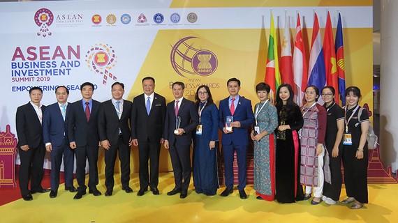 Công ty Yến sào Khánh Hòa vinh dự nhận Giải thưởng Doanh nghiệp Asean