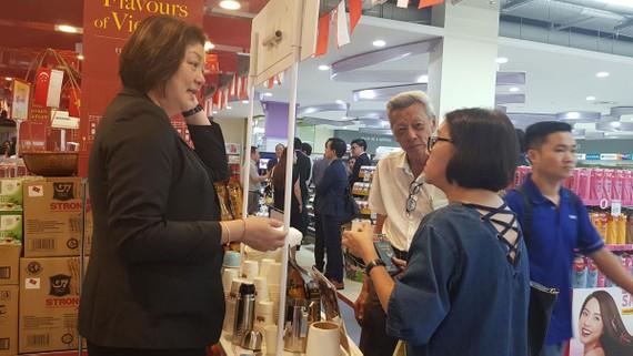 Với sự nỗ lực của các doanh nghiệp, hàng Việt đã có mặt tại Singapore