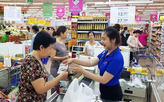 Nhiều mặt hàng thiết yếu tại Saigon Co.op được giảm giá đến 50%