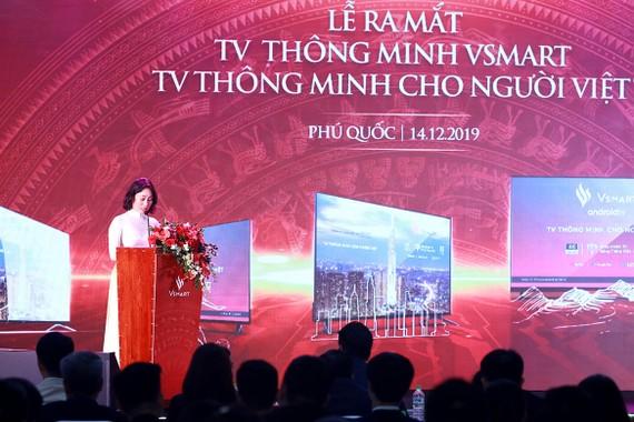 Bà Lê Thị Thu Thủy, Phó Chủ Tịch Tập Đoàn Vingroup kiêm Tổng giám đốc Công ty Nghiên cứu và Sản xuất VinSmart