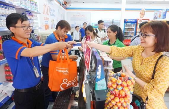 Co.op Smile cán mốc 100 cửa hàng tại TPHCM