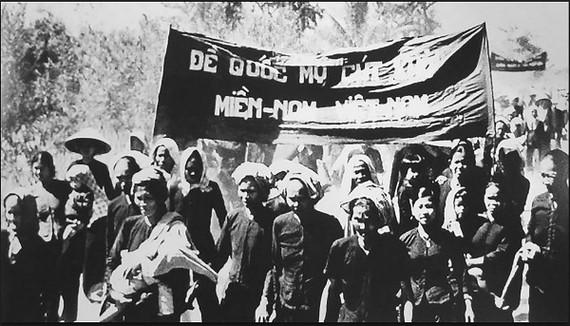 Đội quân tóc dài, lực lượng nòng cốt của phong trào Đồng khởi. Ảnh: T.L