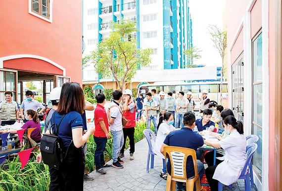 CB-CNV Tập đoàn Hòa Bình tham gia Giọt hồng yêu thương 2020 - đợt 1 tại Phú Quốc