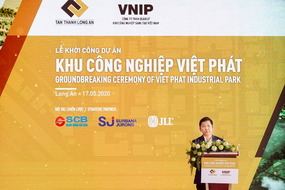 Ông Võ Tấn Hoàng Văn - Thành viên HĐQT kiêm Tổng Giám đốc phát biểu tại buổi lễ