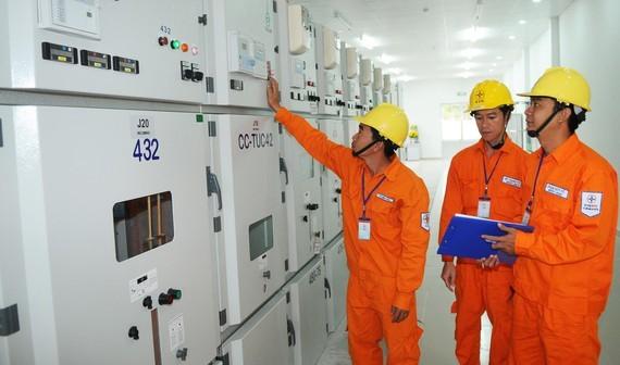 Ngành điện đầu tư miễn phí trạm biến áp cho khách hàng