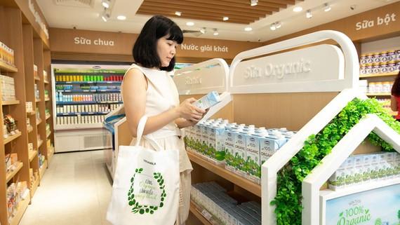 Sản phẩm của doanh nghiệp xanh được người dân  ưu tiên tiêu dùng tại hệ thống siêu thị Co.opmart