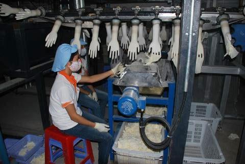 Bên trong dây chuyền sản xuất của Công ty VRG-Khải Hoàn