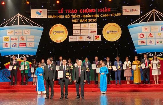 """Dai-ichi Life Việt Nam đạt danh hiệu """"Top 20 Nhãn hiệu nổi tiếng Việt Nam 2020"""""""