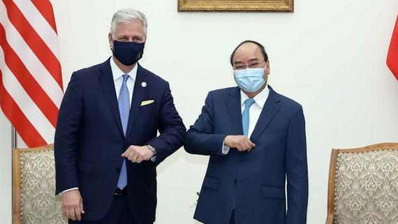 Thủ tướng Nguyễn Xuân Phúc tiếp ông Robert O'Brien, Cố vấn An ninh quốc gia Hoa Kỳ. Ảnh: TTXVN