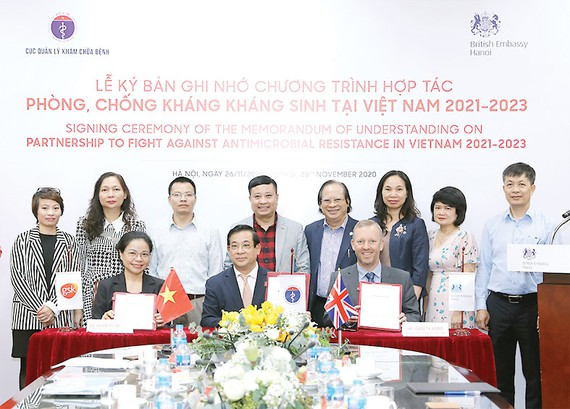 Bộ Y tế, Đại sứ quán Anh và GSK hợp tác phòng chống kháng kháng sinh