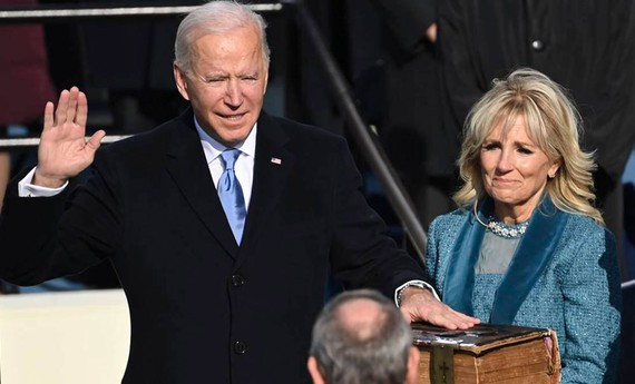 Tân Tổng thống Mỹ Joe Biden tuyên thệ nhậm chức