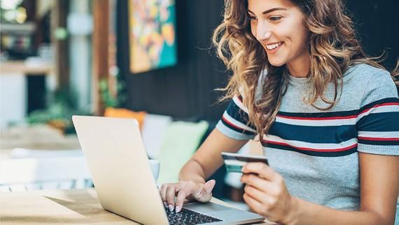 Người tiêu dùng Thụy Sĩ sử dụng internet để mua sắm tăng mạnh trong năm 2020